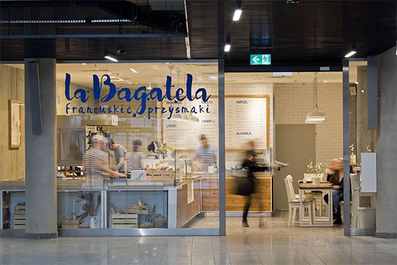 Wnętrze piekarni cukierni zaprojektowane dla La Bagatela projekty lokali usługowych Biuro Projektowe Grid